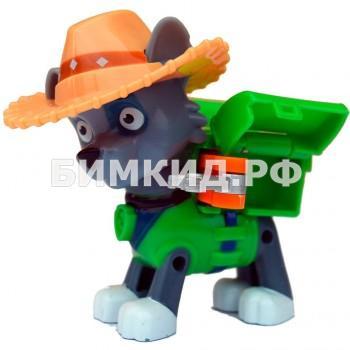 Рокки в ковбойской шляпе