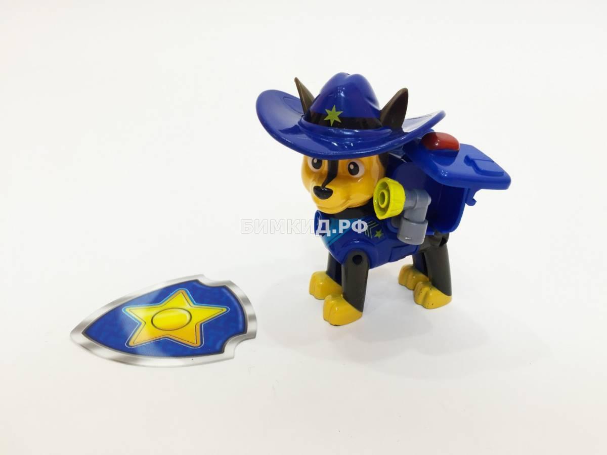 Гонщик в ковбойской шляпе