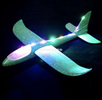 Большой метательный самолет с подсветкой по всей длине (зеленый)